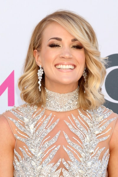 Carrie Underwood Facial Scar